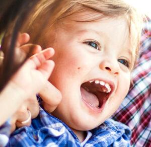 Behandlung von Kindern und Kleinkindern